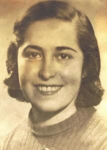 Ilana Hida (n. Lazarovici) la vârsta de 18 ani