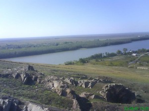 La Coltan, locul preferat de pescuit in dreptul comunei Peceneaga
