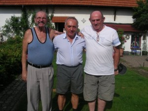 Acelasi trio in 2011, in Germania. Autorul in dreapta