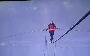 Nik Wallenda n timpul cltoriei sale