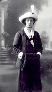 Estelle este strănepoata unei boieroaice din Odesa, Nina Aritonovna