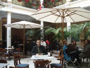 Cafenea in holul hotelului - Laguna