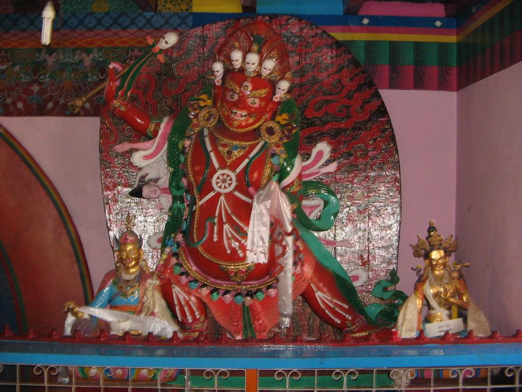 manastire tibetana - Manali4