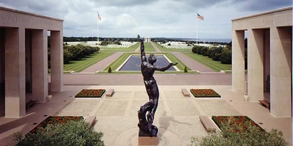Cimitirul american din Normandie, Franta...9387 de soldati americani cazuti